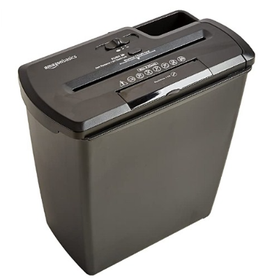 AmazonBasics 8-Sheet Strip Cut Paper with CD and Credit Card Shredder only 2629 Ru.